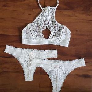 Victoria's Secret Very Sexy Bralette XS & 2 Thong